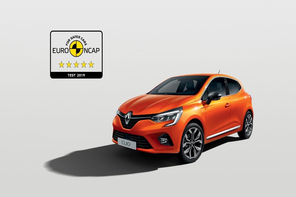 5 stele pentru noul Renault Clio la test...