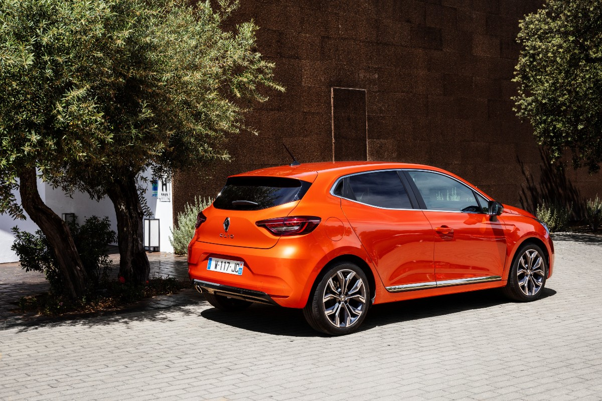 New Renault CLIO test drive in Portugal2 1200x800