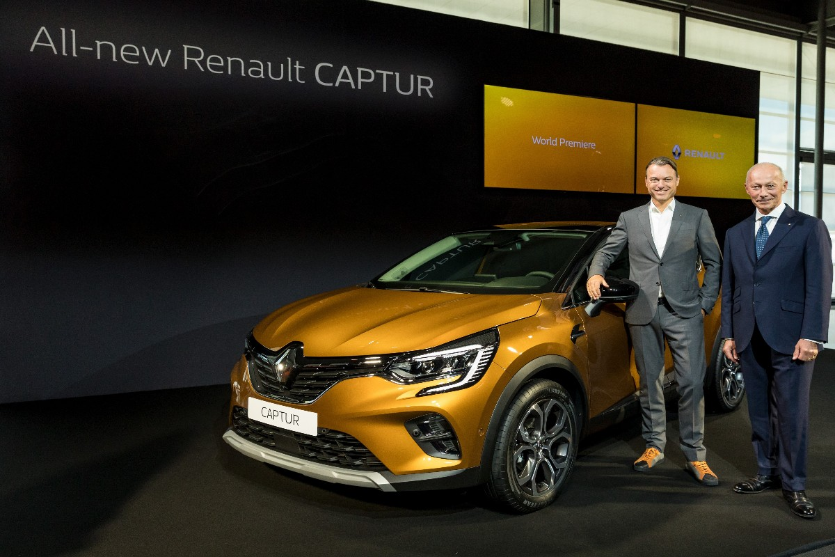 The All New Renault CAPTUR Presented At The Frankfurt Motor Show999